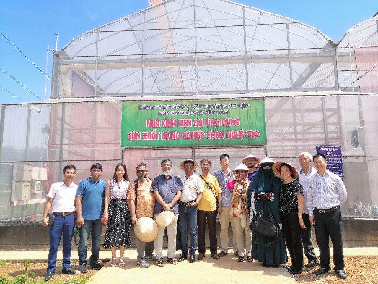 Bộ trưởng Bộ Nông nghiệp Bangladesh sang thăm làm việc với Nextfarm về việc đưa công nghệ IoT (Nextfarm NMC+Nextfarm Fertikit 4G) và nền tảng số hóa quy trình sản xuất trong Nông nghiệp Nextfarm NMP sang Bangladesh