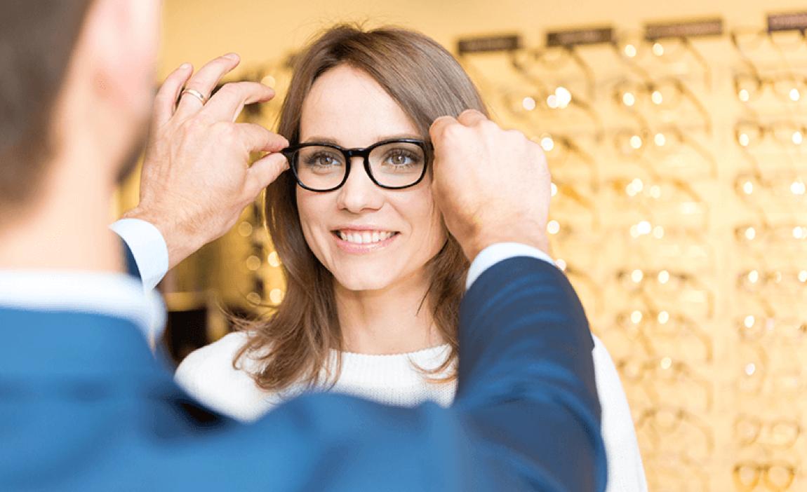 Phần mềm quản lý cửa hàng kính mắt